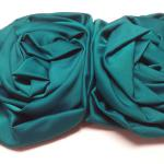 Vintage Sauve' Teal Silk Hair Bow.  Adorable.  Has 2 small hair combs and 1 large hair comb.  Pre-owned & in excellent condition.  $15.00 obo