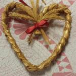 Wheat Braided Heart.  Beautiful Wall Décor.  Pre-owned & in excellent condition.  $15.00 obo
