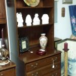 Hooker Furniture Laterial Bookcase with Hutch.  Gorgeous piece of furniture.  Measures 30 x 22 x 80.  Pre-owned & in excellent condition.  $299.00 obo